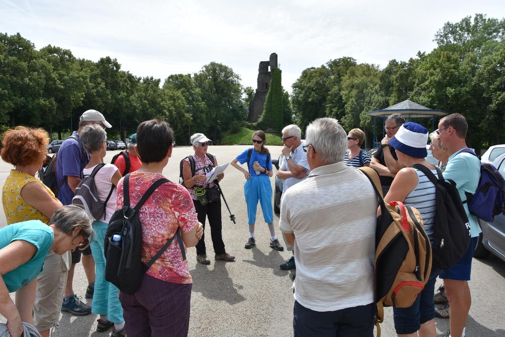 Calendrier Randonnee Pedestre Calvados.Marche De La Liberte Vire Marche Et Decouverte